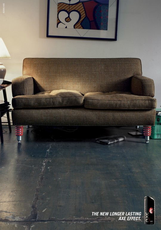 AXE-COUCH